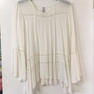 Lord & Taylor bohemian top with bell sleeves